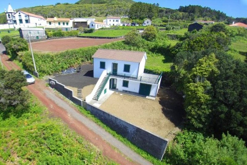 Beautiful house with sea view, vacation rental in Praia do Norte