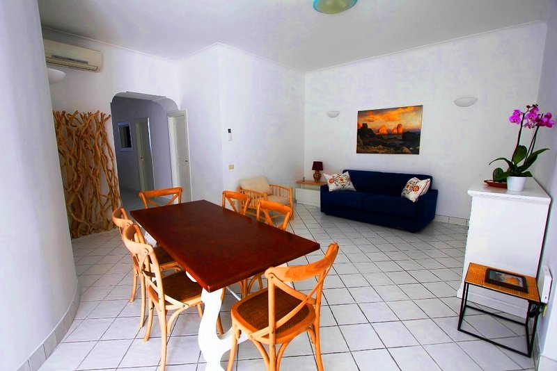 regina di Capri - casa Plinio -, holiday rental in Marina Piccola