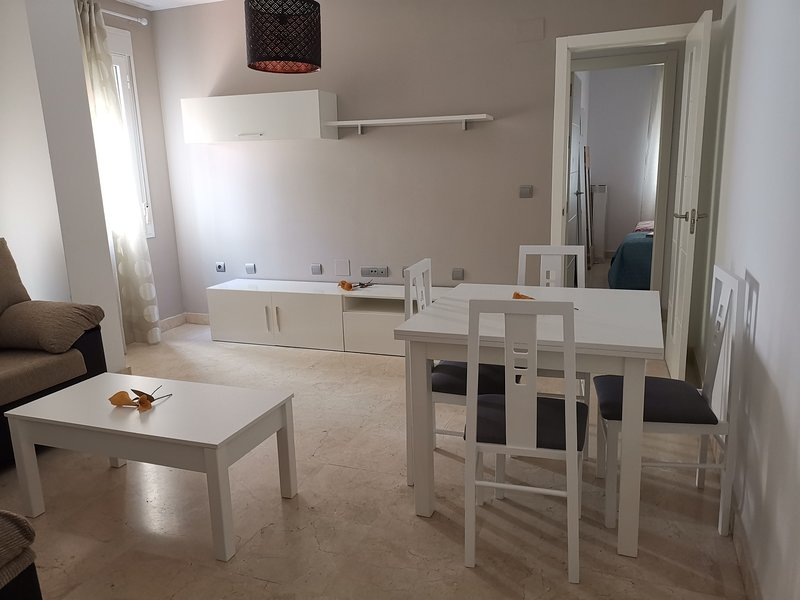 PISO DE DOS DORMITORIOS, vacation rental in Arcos de la Frontera
