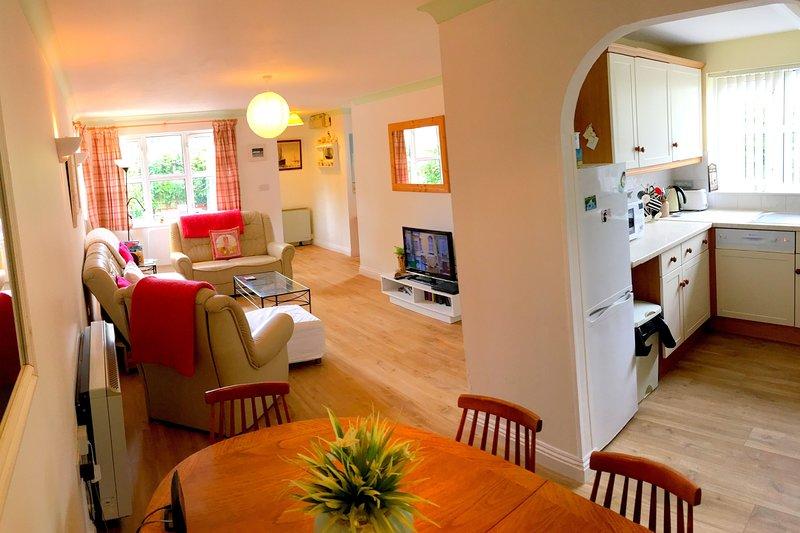 BRAUNTON NOOK | 2 Bedrooms, holiday rental in Ashford