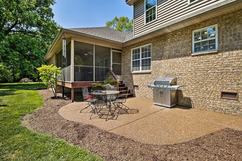 Fire up the gas grill for a cookout and dine al fresco on the patio.