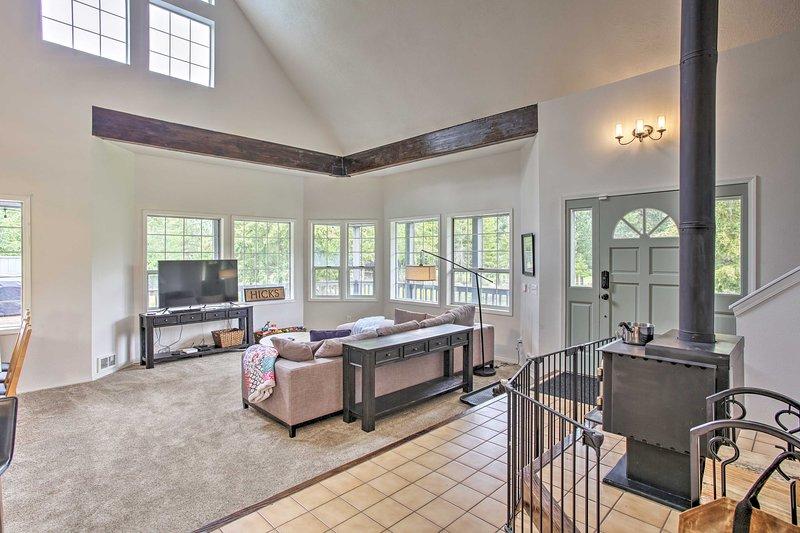 Luminoso e spazioso, questa casa vacanze offre molto spazio per 11.
