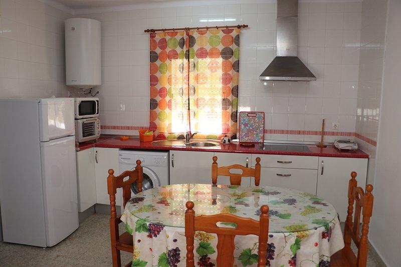 Apartamento central planta alta, holiday rental in El Palmar de Vejer