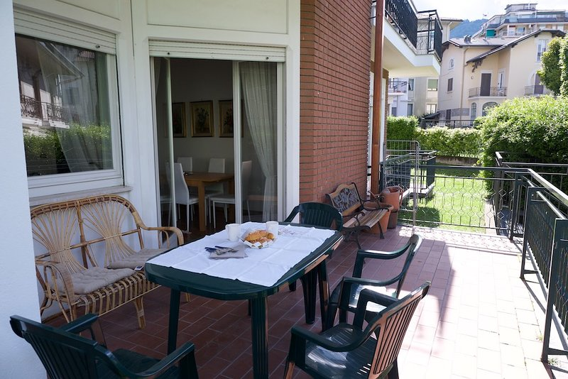 Gemma apartment near the centre of Stresa, vacation rental in Vedasco