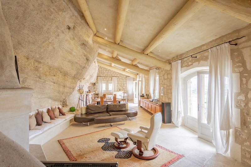 Les Baux de Provence Villa Sleeps 10 with Pool - 5678614, holiday rental in Les Baux de Provence