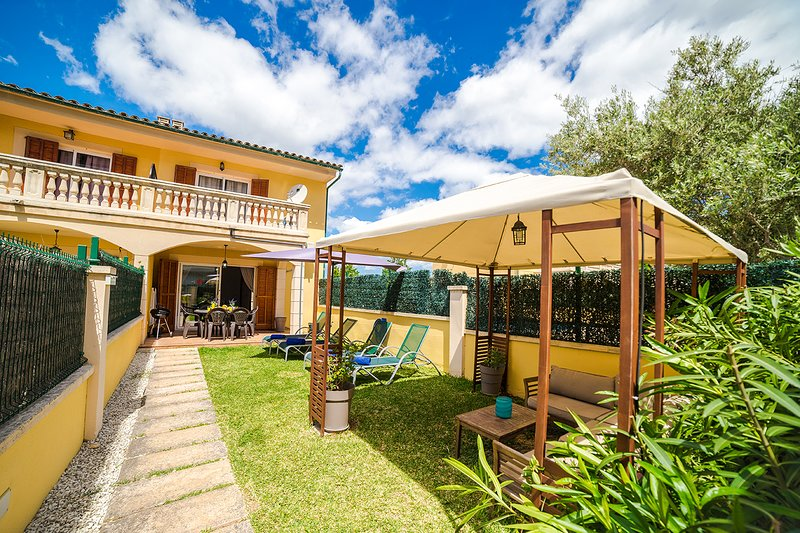 Villa Tucan, holiday rental in Alcudia