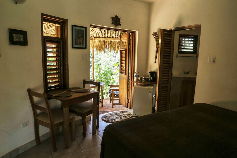 Kudehya's Seagrape, vacation rental in Saint Elizabeth Parish