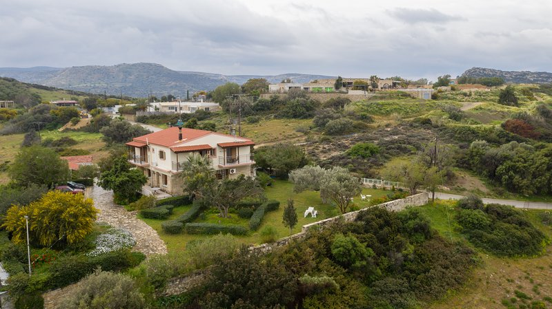 Apartments at the komos Beach in the south of Crete,Greece – semesterbostad i Matala