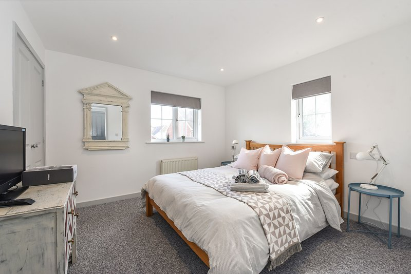 The Little House, Bracklesham, holiday rental in Chichester