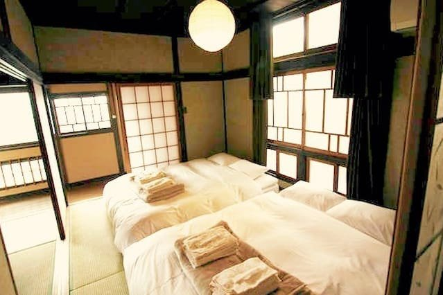 70 years Historical House,12 people,free parking, holiday rental in Hiroshima