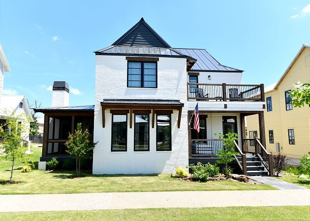 Carlton Landing- 'Ohana' means family!, vacation rental in Canadian