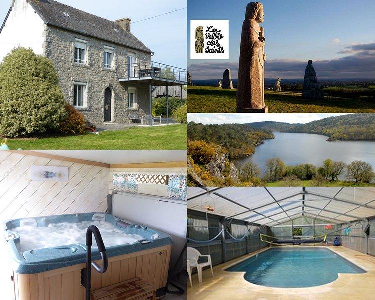 Gîtes de KERPIRIT en rez de jardin avec piscine couverte, chauffée et SPA, holiday rental in Carnoet