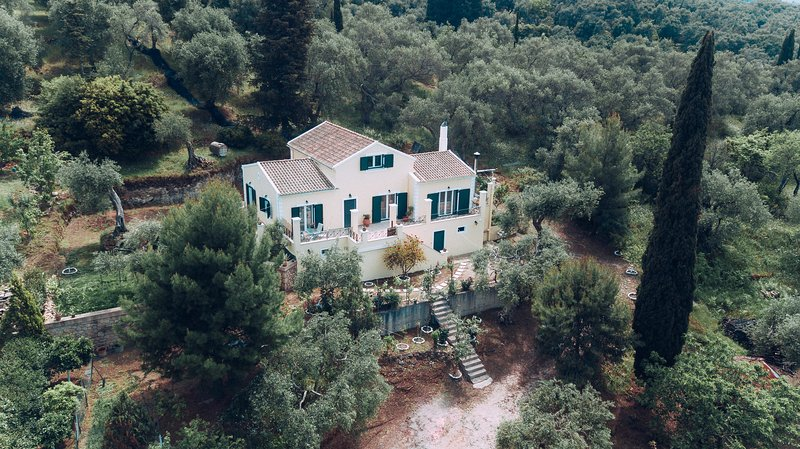 Villa Costa, holiday rental in Nymfes