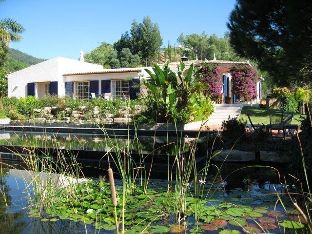 Caldas de Monchique Villa Sleeps 8 with Pool and WiFi - 5718215, vacation rental in Montes de Cima