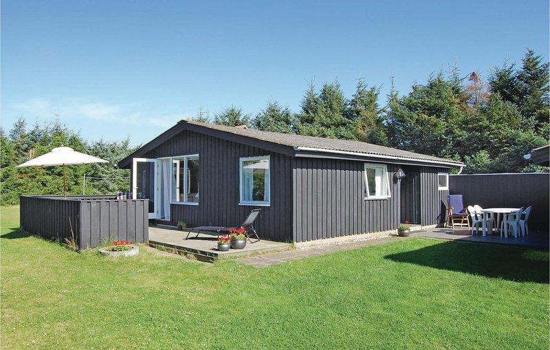Nice home in Løkken w/ 3 Bedrooms, Ferienwohnung in Saltum