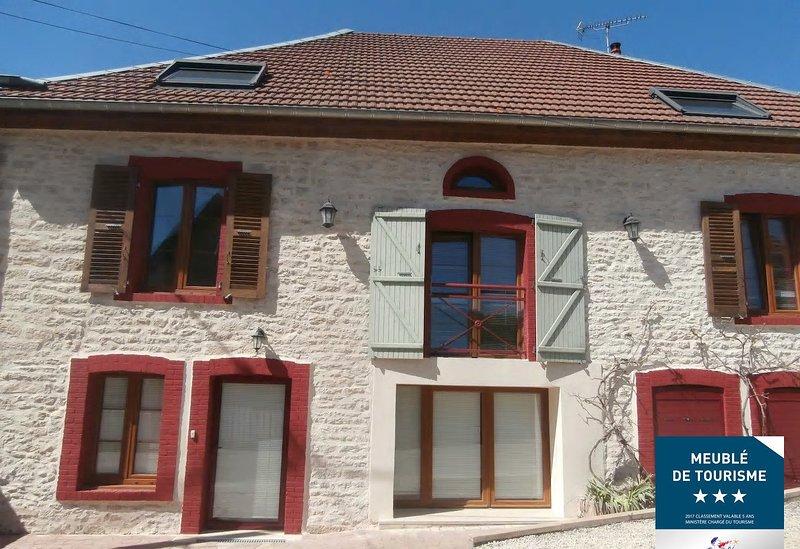 Gîte maison 1 - 5 personnes 'Entre sources et riviere' 10 minutes de Besançon, holiday rental in Trepot