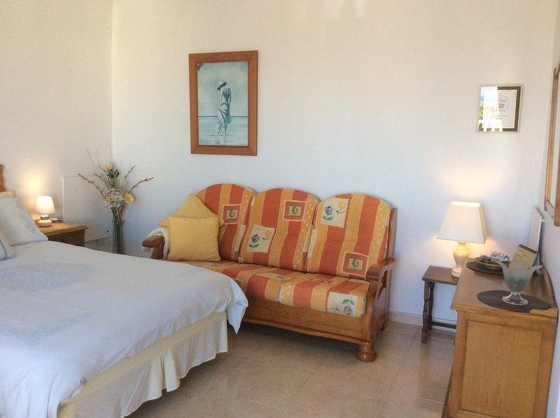 Belle Vue studio apartment, alquiler vacacional en Ciudad Quesada