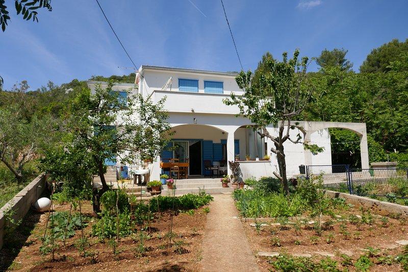 House Natale, location de vacances à Rogac