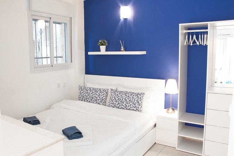☀The Sapphire - Top Location/1 min walk from Mahane-Yehuda - Couples Favourite☀, alquiler de vacaciones en Mevaseret Zion