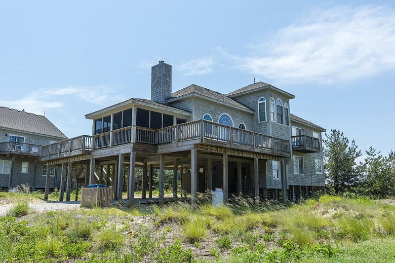 The Borden at Ships Watch, holiday rental in Duck