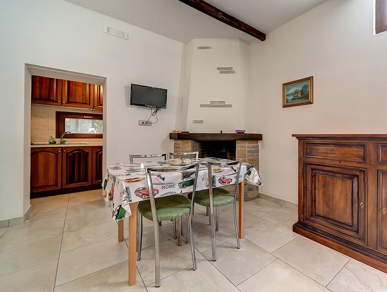 Villa Magnolia - App 2, holiday rental in Bolsena