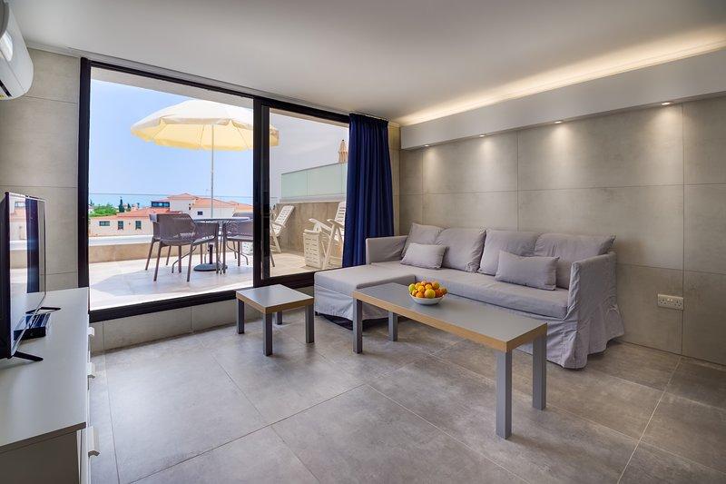 Living room & Veranda