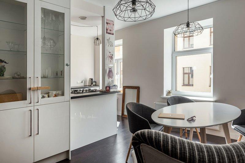 Sunny Apartment - Attention to Detail, location de vacances à Riga