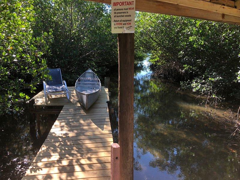 Water FUN! poolPIERkayaksCANOE MotorBoatRENTALpets, holiday rental in Grove City
