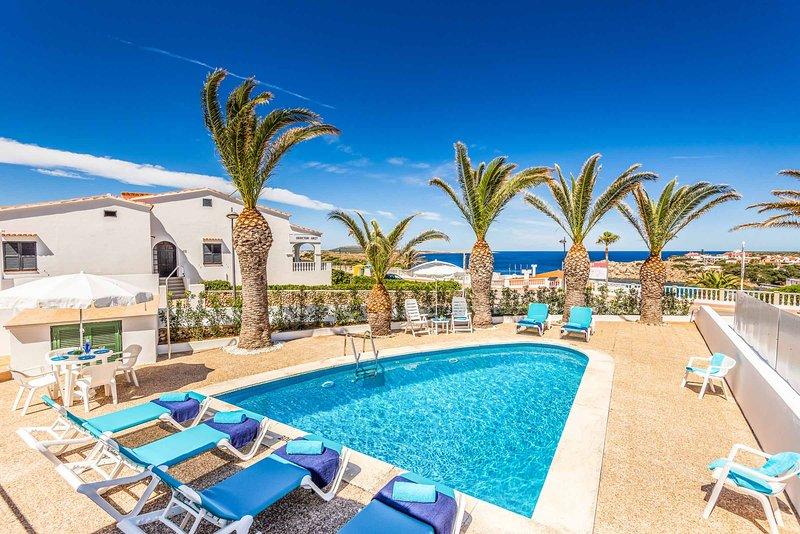 Villa Lali, holiday rental in Cala d'Alcaufar