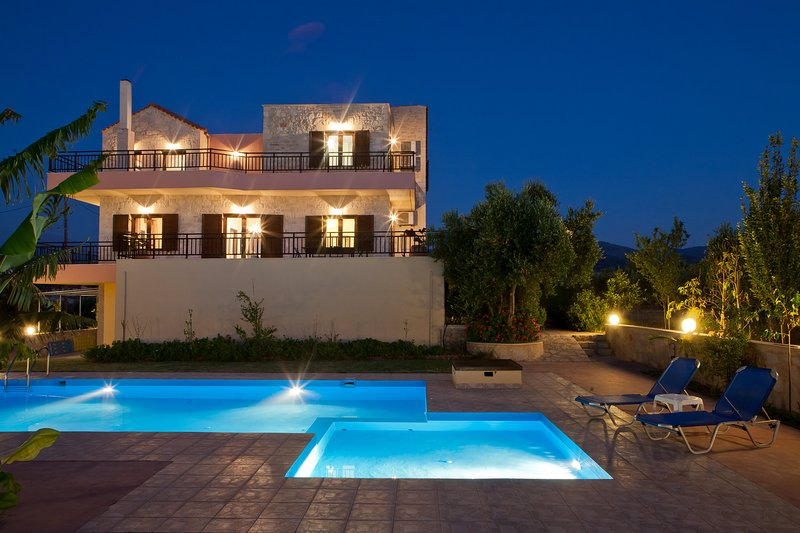 Villa Louloudaki 1. Taste the Cretan Nature!, holiday rental in Loutra