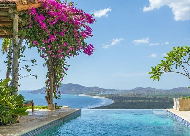 Elegant 6BR home- on seaside hill, tropical garden, views, infiniti pool, etc, holiday rental in Tamarindo