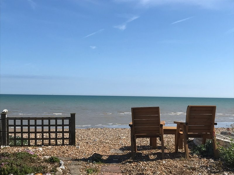 Beach house on a private beach, holiday rental in Pevensey