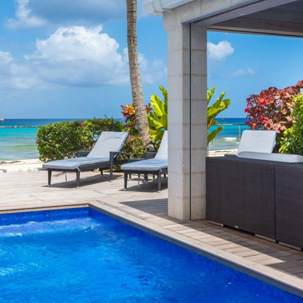 Radwood Beach Villa No. 1 | Beach Front - Located in Beautiful Saint James wit, holiday rental in Prospect