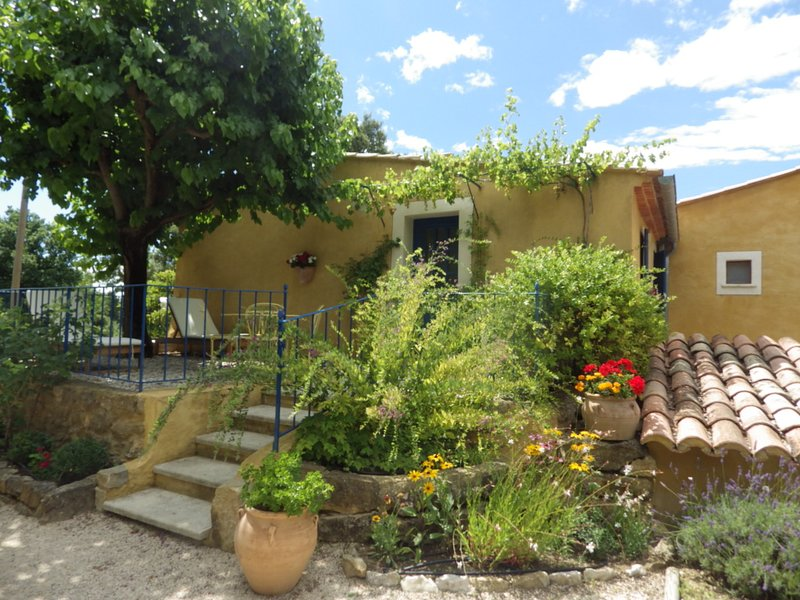 Le Ragas en Provence, holiday rental in Flassan