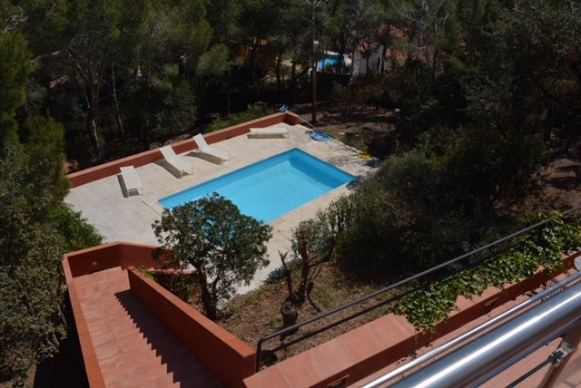 Amazing villa with swimming-pool, Ferienwohnung in Tamariu