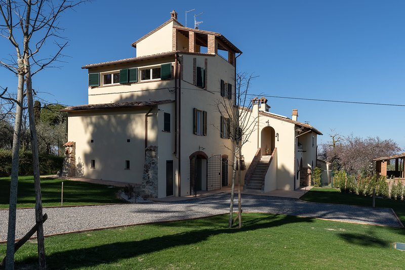 Beatrice - Countryside residence in Tuscany near Montepulciano, holiday rental in Chianciano Terme