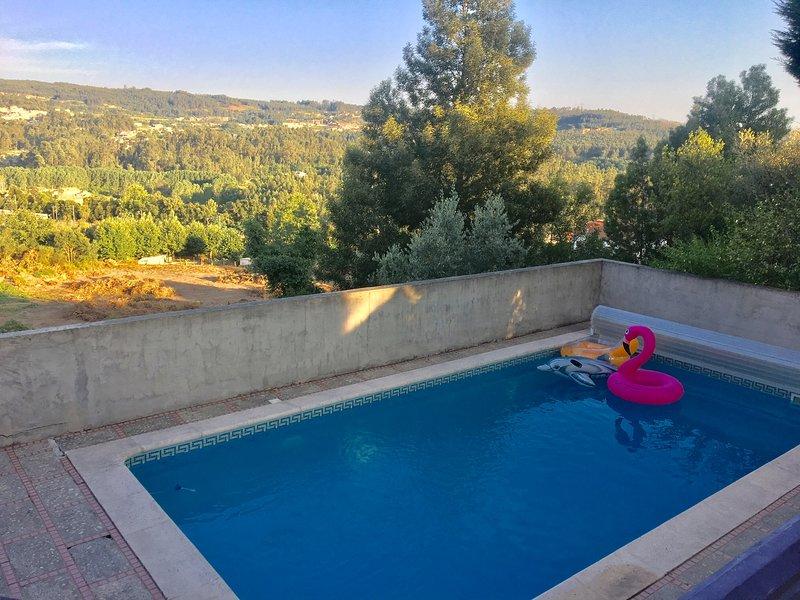 Kitcat alojamento local / maison de vacances 8 personnes piscine, alquiler de vacaciones en Pacos de Ferreira