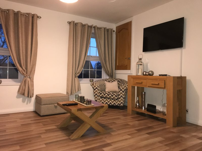 The High-Rise Luxury Apartment, alquiler de vacaciones en Carlisle