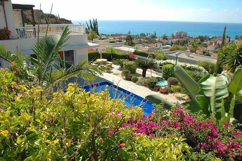 Villa Acanthus, Pissouri Bay, holiday rental in Avdimou