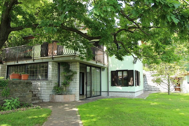 BB Ruj, vacation rental in Vremski Britof