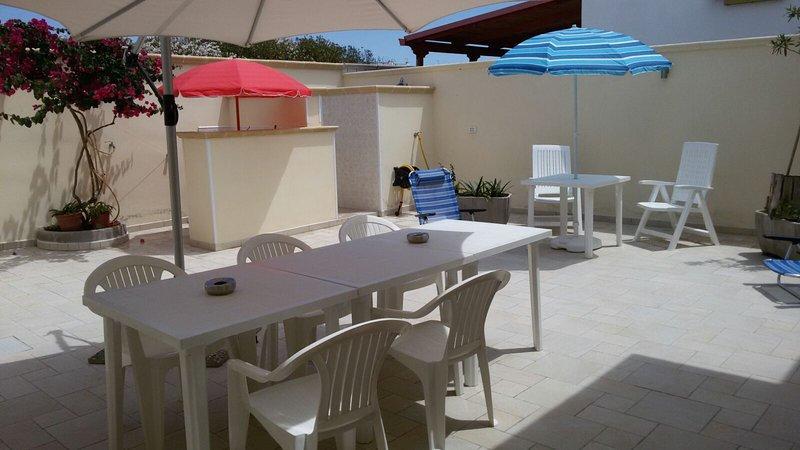 Casa vacanza a 80 metri dal mare, holiday rental in San Pietro in Bevagna