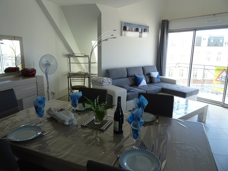 Nice apartment with sea view, vacation rental in Berck