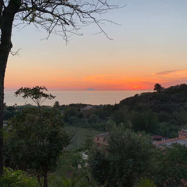 Villa indipendent wonderful view on two floors, vakantiewoning in San Nicolo