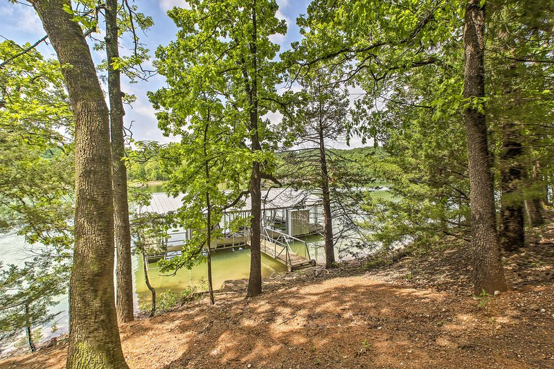You'll love the easy access to the private shoreline!