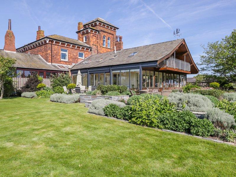 Villa Marina, Barrow-in-furness, holiday rental in Newton in Furness