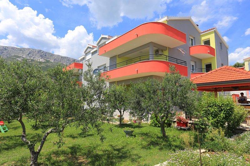 Three bedroom apartment Solin, Split (A-17669-a), vacation rental in Solin