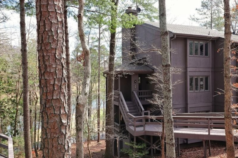 Resort Haven Luxury Condo in Big Canoe Community, holiday rental in Dawsonville