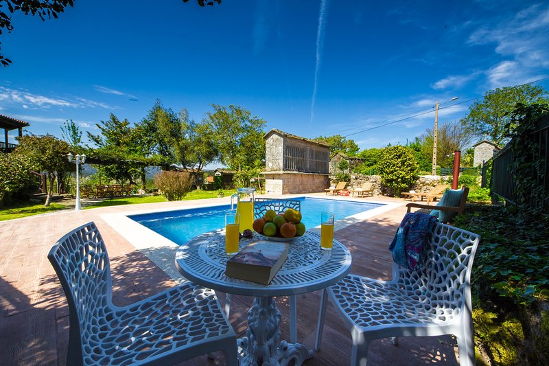 Villa - 6 Bedrooms with Pool and WiFi - 106534, vacation rental in Ricovanca