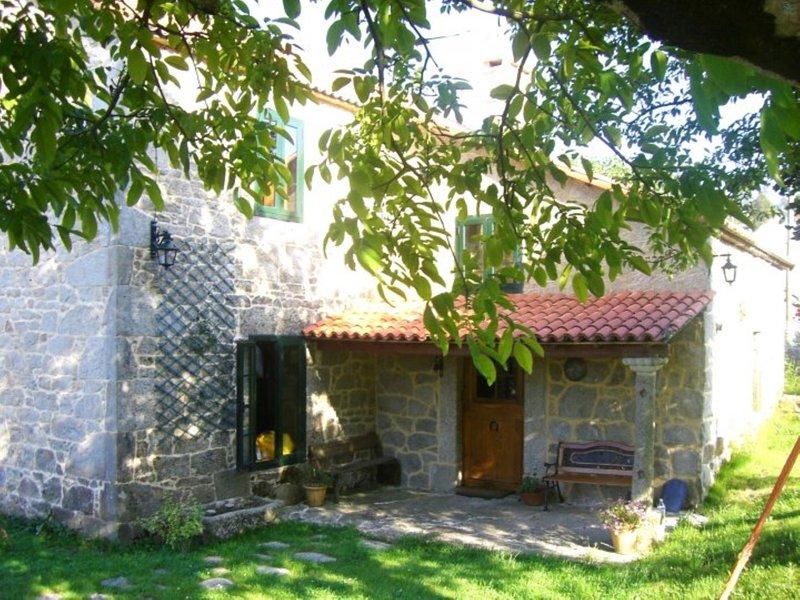 House - 5 Bedrooms - 107486, alquiler vacacional en A Estrada