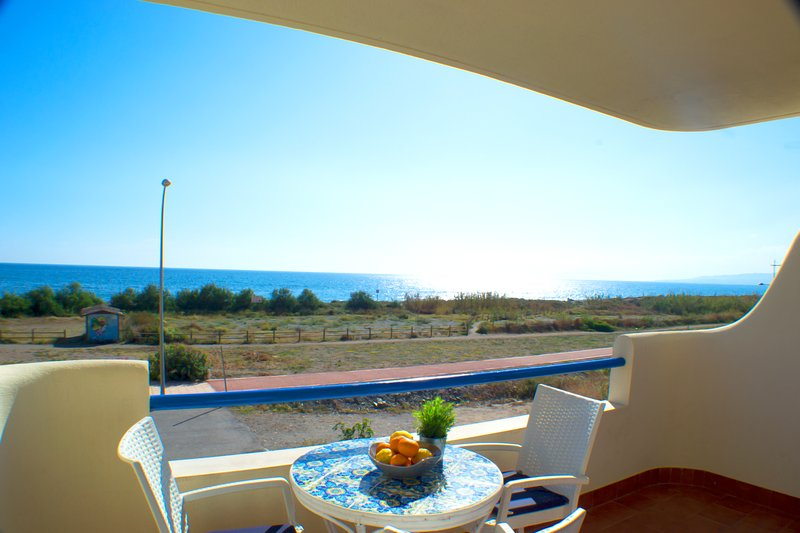 Nice apt with pool access & terrace, vacation rental in El Morche